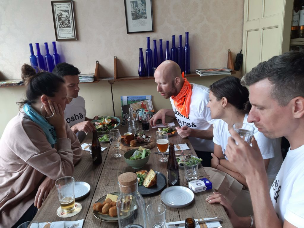local food tasting gastronomy tour Delft gastronomische tour reis Verita's Visit