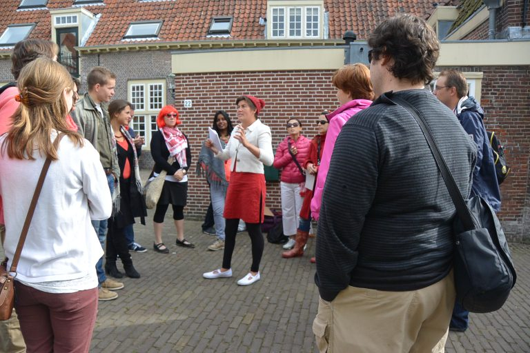 team challenge Leiden Ontzet city game cultuur Verita's Visit custom made