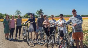 strand fietstocht Keukenhof Beach & dahlia bike tour summer guided Verita's Visit Holland