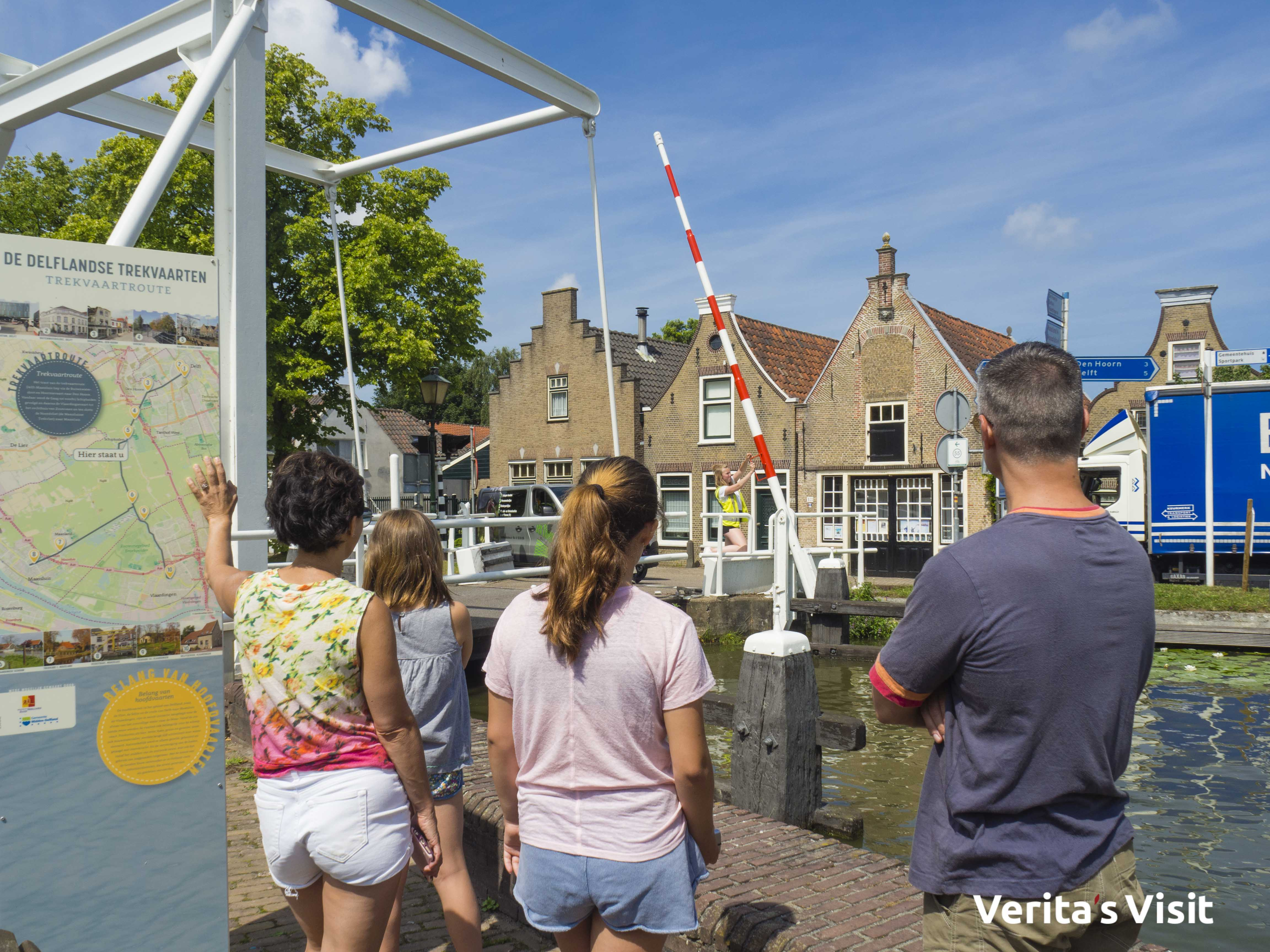hand operated bridge tour Delft Verita's Visit ophaalbrug