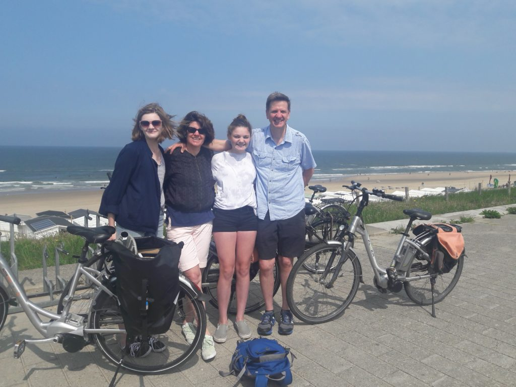Amsterdam countryside bike tour private teambuilding Verita's Visit prive fietstocht