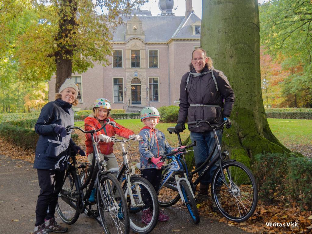 2.5 hour tour Leiden lakes plus visit windmill