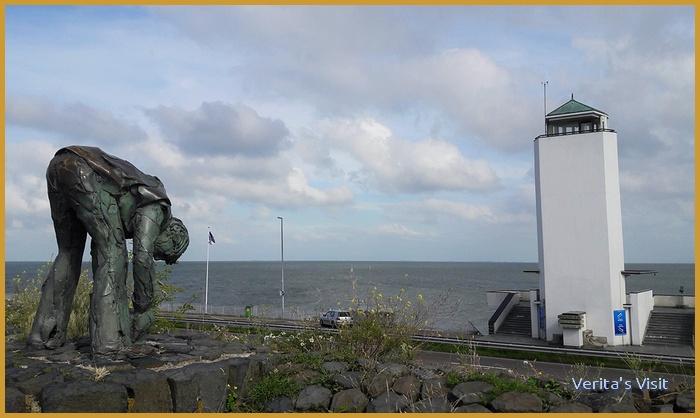 Working on Afsluitdijk 1932 monument-veritasvisit